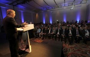 """Schiaretti vaticinó que el sector TIC se convertirá en uno de los """"motores centrales del progreso económico"""""""
