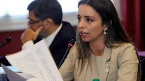 """Para Mariana Zuvic, Carbone """"era el valijero"""" de Scioli"""