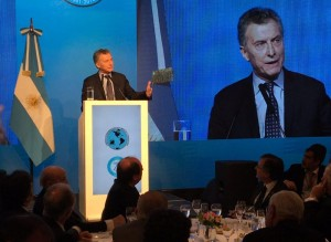 """Ante empresarios, Macri sostuvo que """"no es tiempo de miedos ni mezquindades"""""""