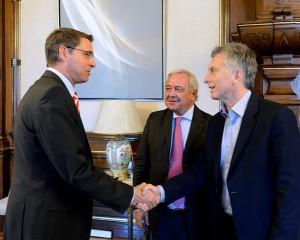 PyMEs: CEO de DHL le expresó a Macri el interés de desarrollar sistema para reducir costos de exportación