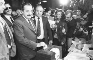 A 33 años de un hito histórico, recuerdan triunfo de Alfonsín y el retorno de la democracia