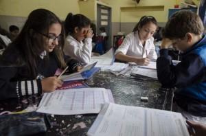 """Al sostener que la oposición """"fue política"""", Bullrich aseguró que la evaluación se realizó en el 90% de las escuelas"""