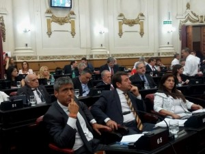 Quinteros arremetió contra el gobierno por tomar deuda para financiarle los gasoductos a Odebrecht