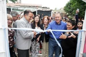 Al inaugurar sala cuna N°100, Schiaretti insistió en advertir los altos niveles de pobreza e indigencia en el país