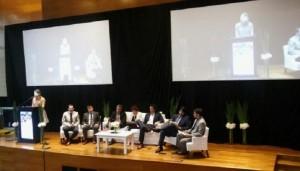 """""""El desafío de la Argentina es generar desarrollo con equidad, y equidad con desarrollo"""""""