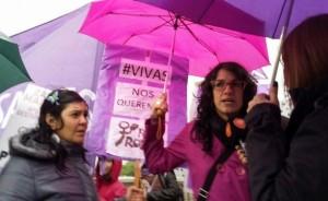 Por #NiUnaMenos el PTS-FIT hizo oír su reclamo en Puente Centenario