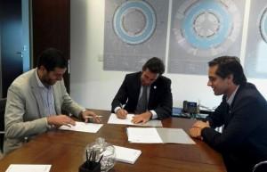 Ambiente firmó convenio con agencia nacional que apunta a la radicación de inversiones