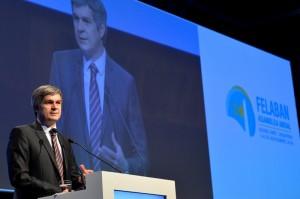 """""""Necesitamos un sistema financiero fuerte, competitivo, inclusivo e innovador"""""""