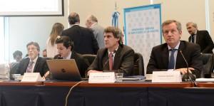 En Diputados, Prat Gay defendió el proyecto sobre Ganancias que cuenta con apoyo de gobernadores