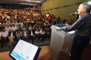 "Al insistir en dar gobernabilidad, Schiaretti se refirió a ""coincidencia estratégica"" con Nación"