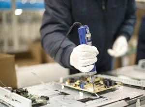 """Pymes tecnológicas alertan sobre """"un nuevo paso atrás"""" para la industria"""