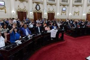 Ley Electoral CBA: Unicameral aprobó poner límites a reelección indefinida y unificación calendario