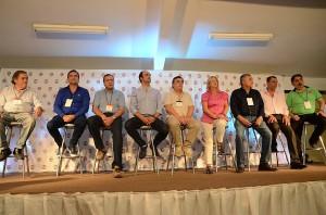 """Cumbre UCR: """"No seguir en cambiemos sería volver al pasado"""", afirmó Negri"""
