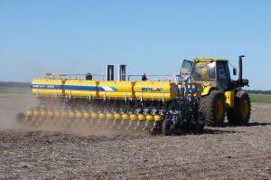 La venta de maquinaria agrícola subió 27% en el último trimestre de 2016