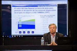 Aranguren regaló $346 millones a Distribuidora de Gas que repartió dividendos y no pagó a productores