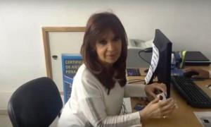 """Críticas K: En un video, CFK volvió a hablar de """"persecución"""", con objetivos de """"proscripción"""""""