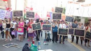#8M Un multitudinaria marcha para cerrar el paro de mujeres en Córdoba
