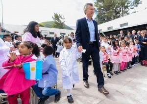 Macri pidió a los gremios docentes que retomen el diálogo