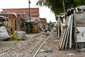 Advierten que hubo un fuerte aumento de la pobreza, en el primer año de gestión de Macri