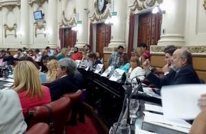 """Al calificar a Miró como """"jugador de toda la cancha"""", opositor le pidió al Gobierno que le corte """"los víveres"""""""