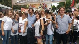 Del Caño: «Mientras el Gobierno ataca a los docentes, ellos dan clase de lucha»