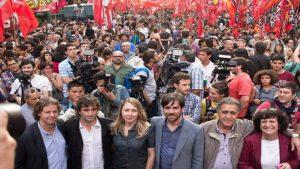 En el día del trabajador, la Izquierda y el sindicalismo combativo ocupan Plaza de Mayo