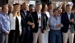 Macri inauguró el Metrobus Matanza, en medio de los cruces entre Magario y Dietrich