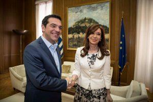 Desde Grecia, CFK volvió a condenar el fallo 2×1 de la Corte Suprema