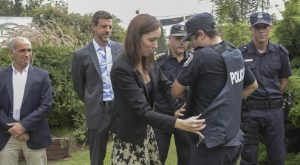 Vidal decidió que el área de inteligencia de la policía bonaerense tenga un jefe civil
