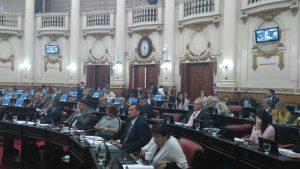 Unicameral: Con Cambiemos dividido, UPC ratificó relicitación de Gasoductos