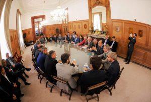 Intendentes del PJ cuestionaron al Gobierno macrista por privilegiar a municipios aliados