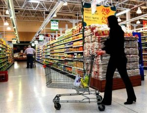 Siguen estancadas las ventas en supermercados y shoppings