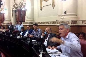 Salas le salió al cruce  a Schiaretti por sus dichos sobre la pobreza en el país