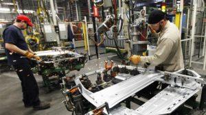 La industria creció 2,7% y quebró así 15 meses de caídas interanuales