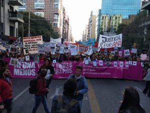 """Una masiva marcha para renovar el grito de """"NiUnaMenos"""