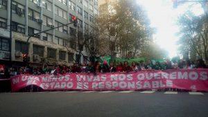 Miles de mujeres se movilizaron contra la violencia machista