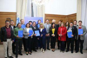 Aportes: Nación firmó acuerdos con municipios cordobeses para potenciar su desarrollo