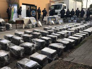 "En un operativo ""histórico"", incautan 3.089 kilos de marihuana en la Capital cordobesa"