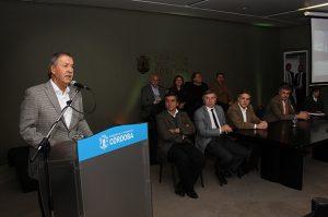Schiaretti destacó la gestión de Llaryora (intendente), al «transformar» a San Francisco en un Polo Educativo