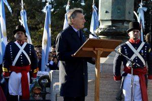 """En el Día de la Bandera, Macri afirmó que """"el país ha comenzado a crecer"""""""
