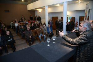 LLaryora quiere debatir con los otros candidatos ante de las PASO (Baldassi en la mira)