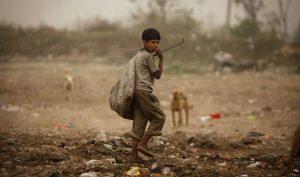 Aunque cayó la pobreza infantil, los niños siguen siendo los más pobres de la Argentina