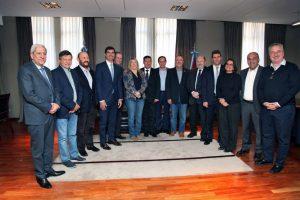 """Gobernadores del PJ advierten que demanda por el Fondo del Conurbano """"lesiona"""" finanzas provinciales"""