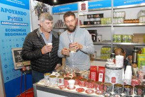 Ofrecen capacitación para PyMEs agroalimentarias en operativa de exportación