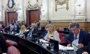 Al pedir que se incorporen legisladores al Consejo de Políticas Sociales, radical volvió a advertir de la pobreza