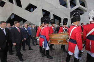 Despidieron los restos del ex gobernador Angeloz con un funeral de Estado en El Panal