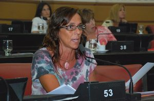 Montero planteó la situación de los médicos comunitarios en el recinto
