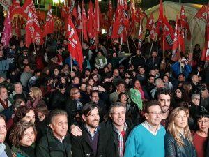 De cara a las PASO, el FIT cerró su campaña frente a la carpa de los trabajadores de Pepsico