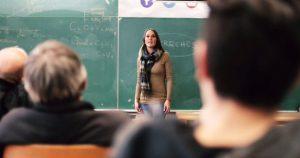 """Echevarría a favor de una educación que """"iguale oportunidades"""" y en contra del Plan Maestro de Macri"""