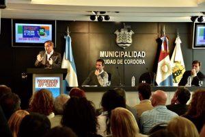 """Cossar: """"Hay que seguir pensando no sólo en una descentralización geográfica sino digital"""""""